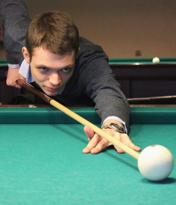 Станислав, директор бильярдного магазина Купить все для бильярда в Москве кии столы
